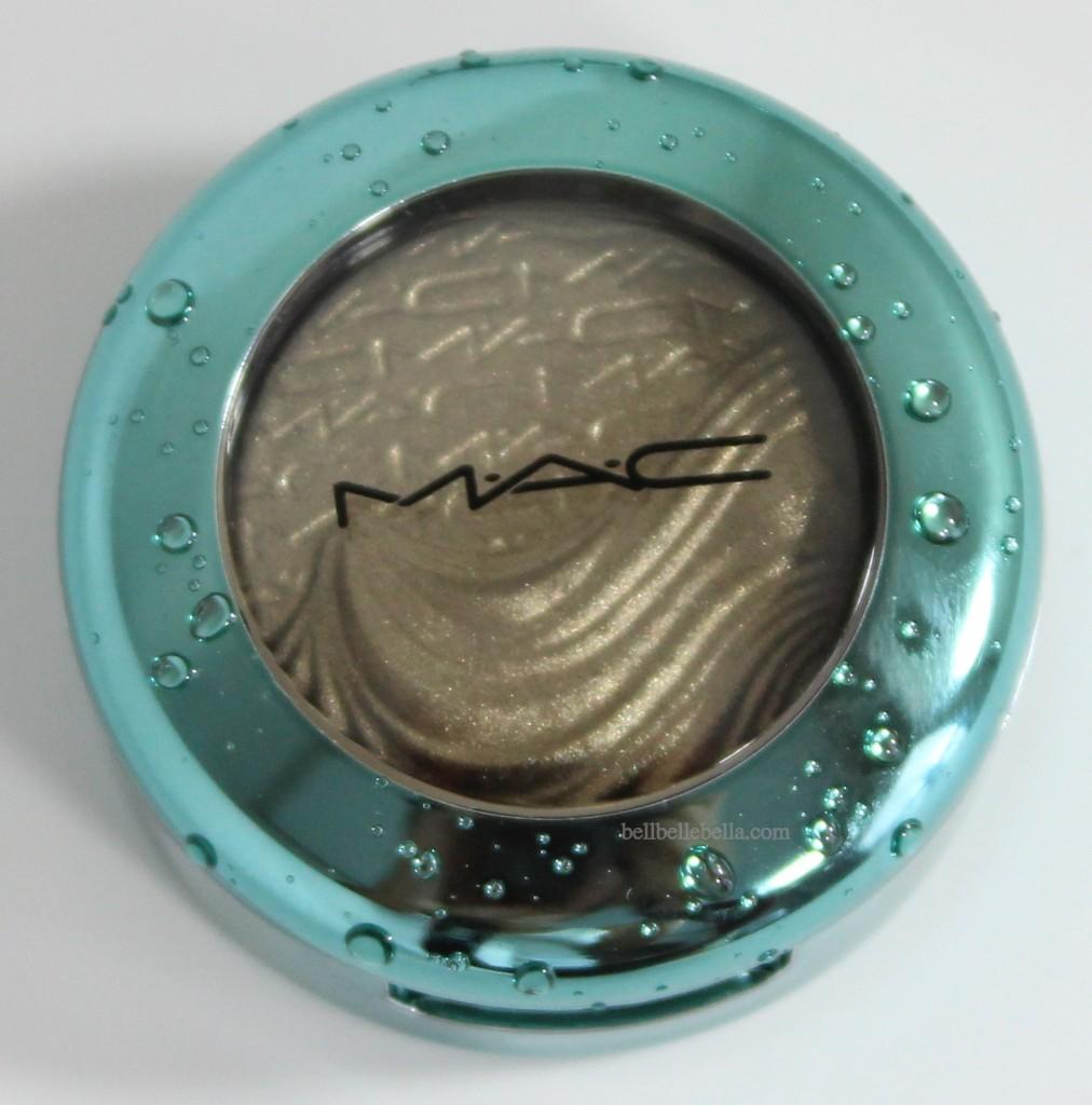 MAC Cosmetics Alluring Aquatic Sea Worship Extra Dimension Eyeshadow